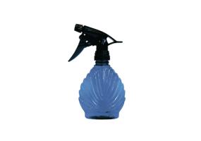 Распылитель пластиковый для воды Hairway Cockleshell 250 мл синего цвета.